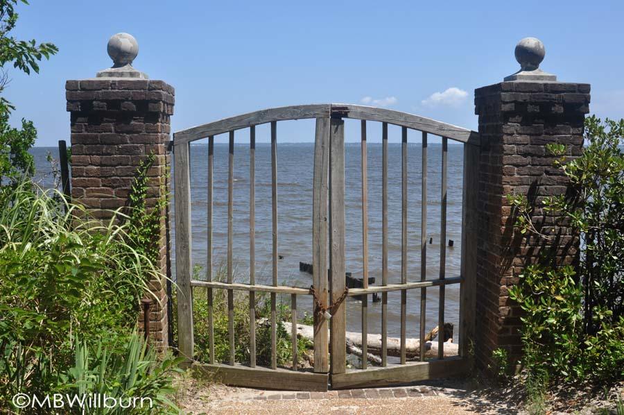 sound-gate